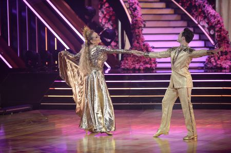Dancing With The Stars Season 29 Spoilers: Fans Want Carole Baskin Eliminated From The Show