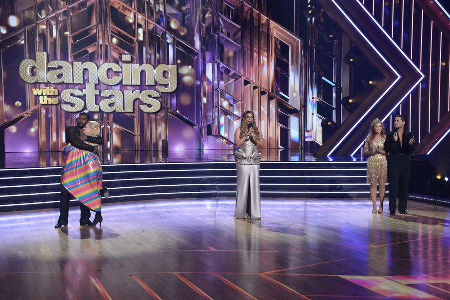Dancing With The Stars 2020 Spoilers: Fans Are Campaigning To Bring Back Tom Bergeron And Erin Andrews