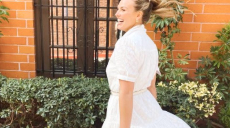 Bachelorette: Hannah Brown Holds A Dance Party For One