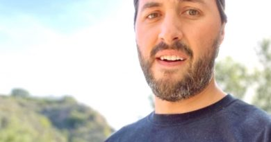 Jeremy Vuolo Crops Out Daughter's Face in New Photo, Raising Questions