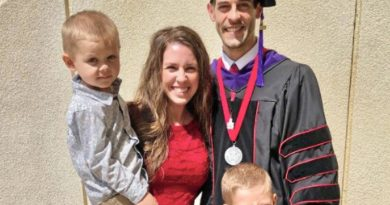 Derick Dillard Graduates At University Of Arkansas Law School