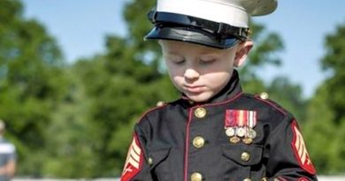 Chase Chrisley: Memorial Day Photo Gets Touching Comment