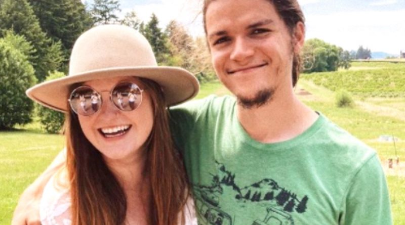Little People Big World Jacob Roloff Reminisces About Meeting His Wife, Isabel