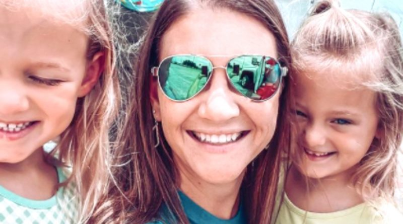 Out Daughtered-Danielle Busby-1