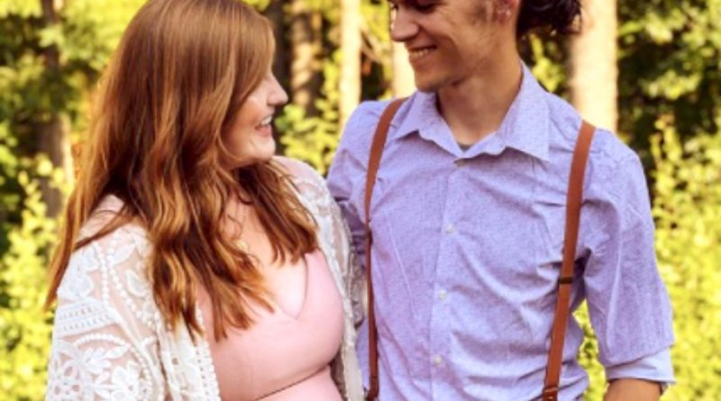Isabel Roloff Shares Her First Baby Bump Photo With Her Fans