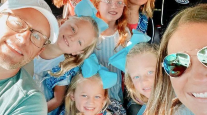 OutDaughtered Spoilers: Danielle Busby Cries On Back-To-School Day