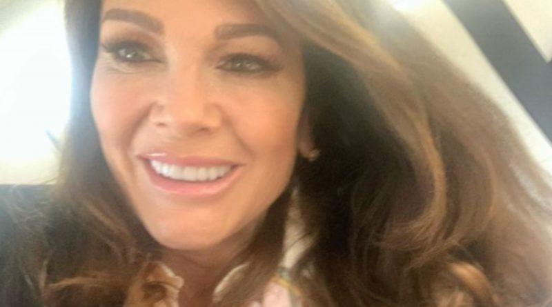 Real Housewives Of Beverly Hills (RHOBH) Spoilers: Alum Lisa Vanderpump Denies Leak